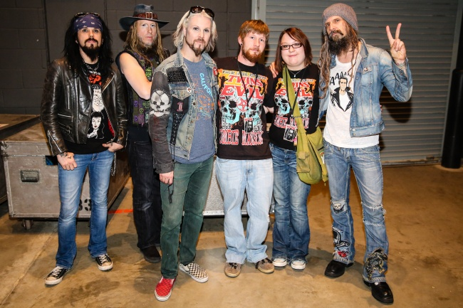 rob zombie meet n greet council bluffs, ia-19.jpg