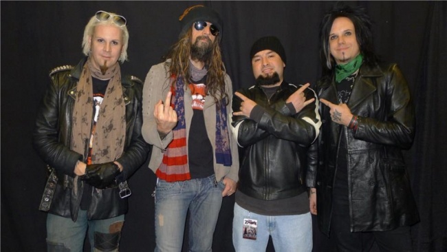 Rob zombie at All State Arena in Chicago.